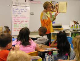 Schon als Kind: Beim lesen mitsprechen